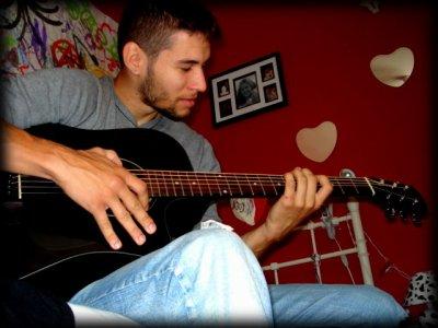 $) Mon coeur qui joue de la guitare...(8)