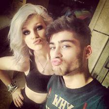Zayn et Perrie il y a environ 3 heures ( VIA ASK)