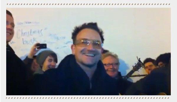 Beau geste !! Artiste mais avant tout humain, pour association Bono chante la veille de Noël --> 24 Décembre 2010 - sur Grafton St || Co. Dublin, Ireland