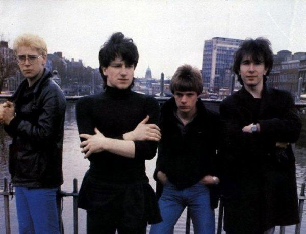 Soirée Télé avec U2 ~ L'histoire du groupe via des liveso7 Février 2o11 ~ TNT, Direct Star, 23h4o