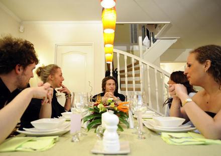 Mickaël Vendetta dans « Un diner presque parfait » sur M6