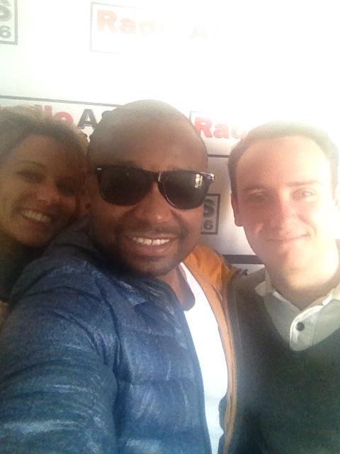 AL Varela avec Max et Lea de Radio AS Sueno Caliente