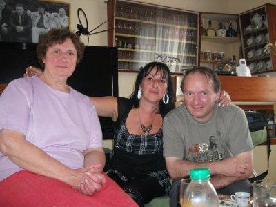 mon frere avec sa femme et ma soeur