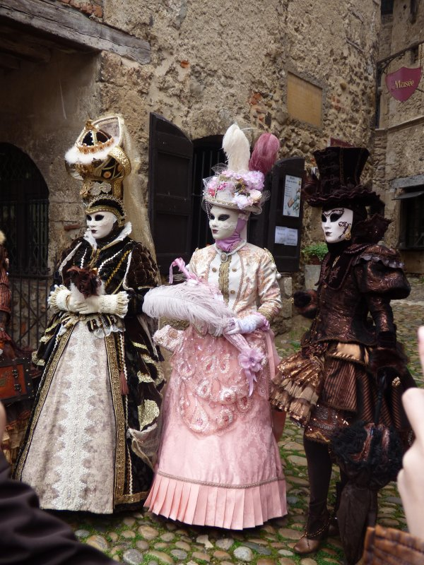 Parade vénitienne à Pérouges, 17 Avril 2016, suite 11