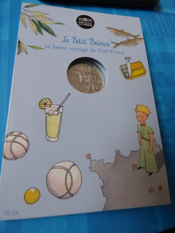"""Ma colection""""Le petit prince"""" : n°10 Le petit prince joue à la pétanque"""