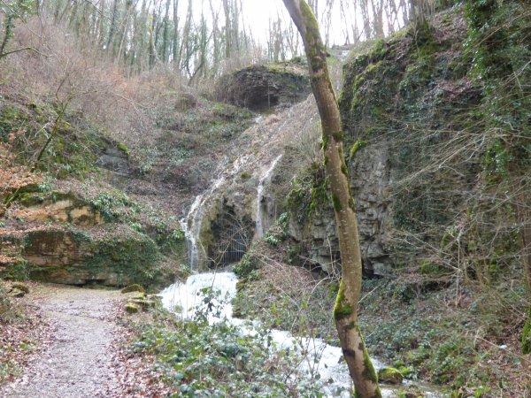 Source, grotte et cascade du Bel Affreux (mars 2018)