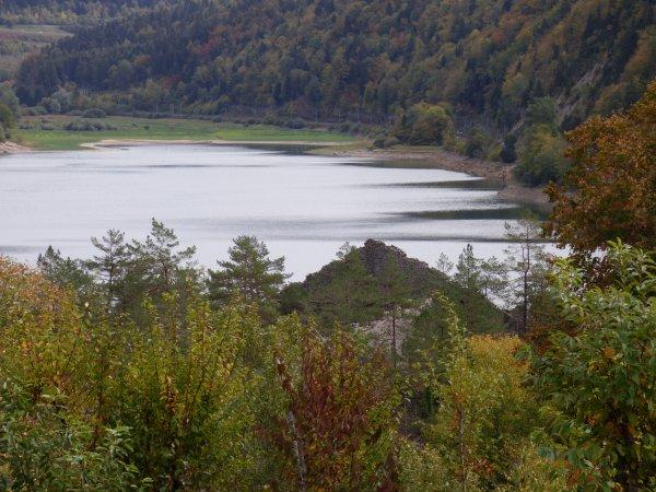 Aire du Lac de Sylans Les Neyrolles, octobre 2018