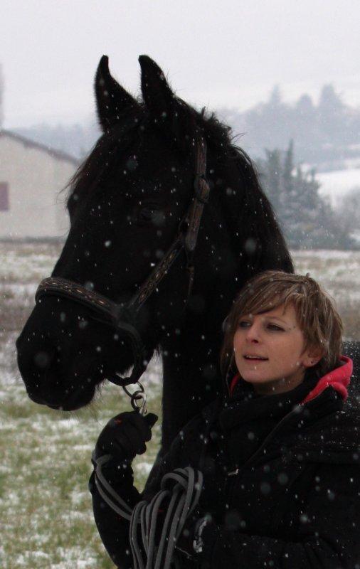 kaly 21 mois dans la neige !!!