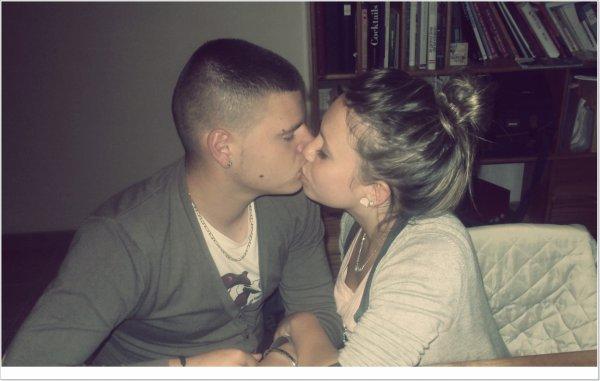 Je crois que je l'aime. Non attendez .. j'en suis sûre ! ♥ Et ça depuis Mardi 10 Novembre 2009.