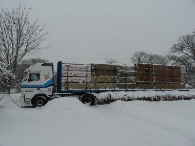 mon camion sous la neige