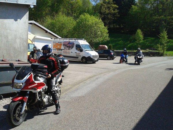 BALLADE MOTO DANS LES VOSGES .5 Mai 2014 suite 1