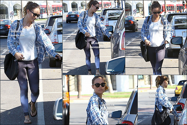 02/11/13 :  La superbe Olivia Wilde a été vue quittant son cours de pilates  dans West Hollywood, en Californie.