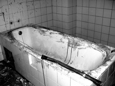 Lieux: Hôpital abandonné