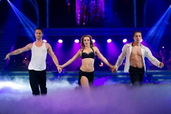 La Danse en trio.