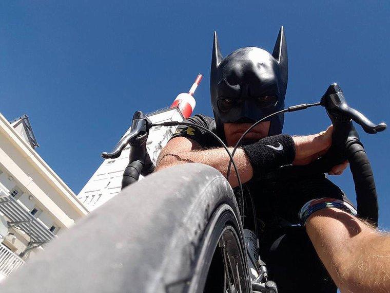 """AVEC """" LE BATMAN DE PROVENCE """""""