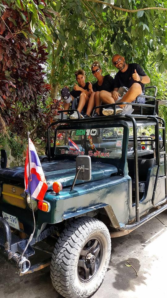 LES ENFANTS TOUJOURS EN THAILANDE