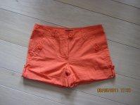 shorts 5¤ pieces et 2 pr 8¤ taille 40 sauf celui en jeans taille 42 et le long noir T38