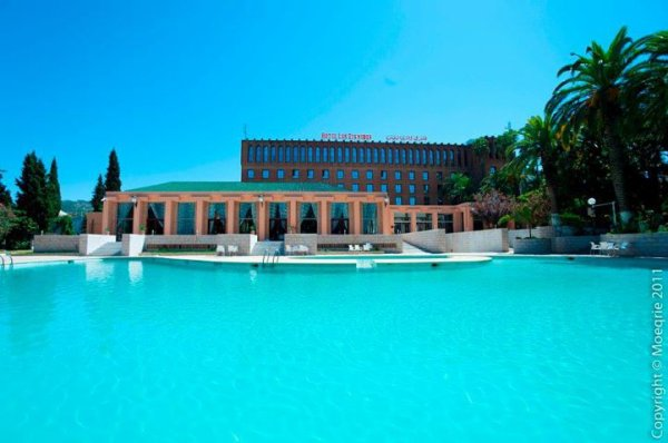 Hotel les Zianides de 142 chambres situé au centre ville de Tlemcen