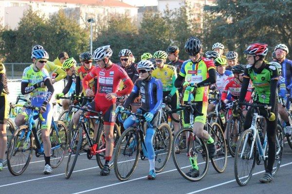 Samedi 17 Décembre 2016 --- Cyclo Cross de Vitry le François, Thomas Collinet Vainqueur