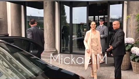 Céline à la sortie de l' hôtel à Copenhague (DANEMARK) 15 06 2017.