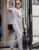 Aujourd'hui  le 19/07/17 Céline et René Charles sortent de l hôtel a Paris