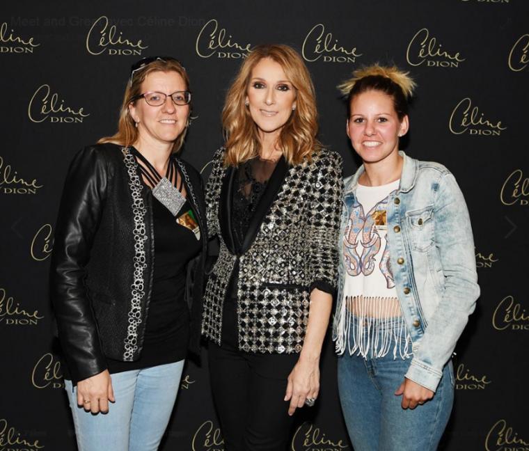 Durant la tournée française « Live 2017 » de Céline Dion, quelques chanceux ont eu la chance de rencontrer la star grâce à M6 Music!  Découvrez et partagez vos photos de ce moment unique ✌