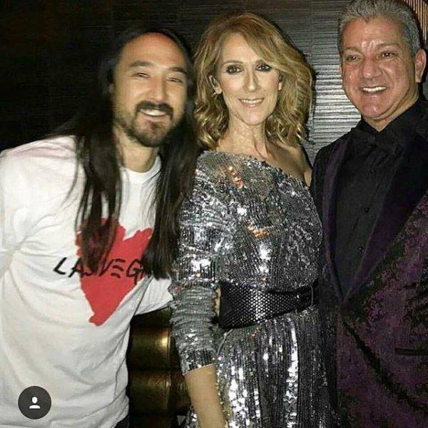 Hier soir apres son show, Céline est allée rejoindre le DJ Steve Aoki à la discothèque OMNIA à Las Vegas pour chanter sa chanson mythique ...my heart will go on