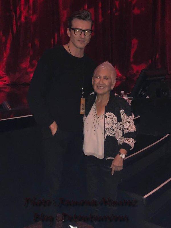 Regardez qui était a Vegas pour le show de Céline !! Et oui Pépé !! cool... Merci a Vanessa et Ramona Almirez   pour leur photo
