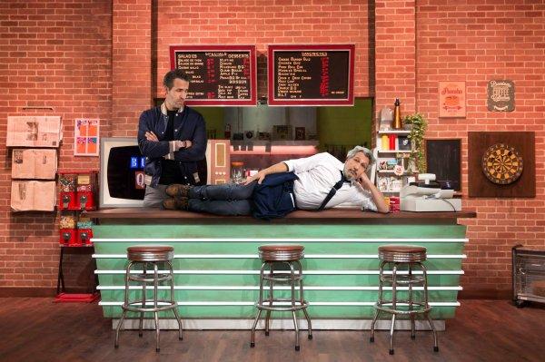 Ce soir, Ryan Reynolds alias Deadpool a quelque chose à vous dire dans Burger Quiz !