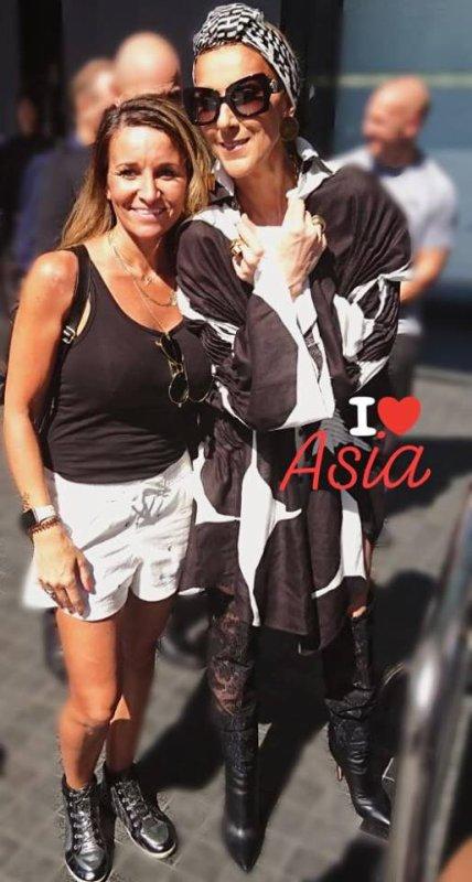 """""""Vanessa rend le monde accessible à tous les fans de Céline Dion"""""""
