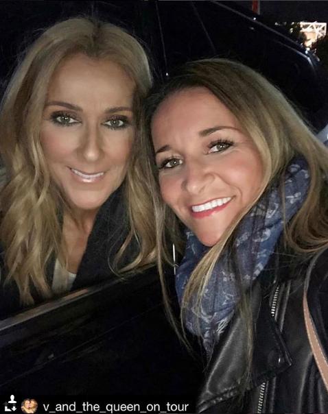 Céline, Vanessa et d'autres fans après son spectacle à Sydney le 28/07/18 J adore  💕 elle collectionne des ptits bouts de Céline et nous les partages !!!