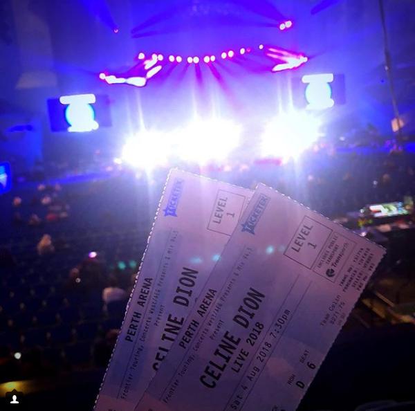 04 août - Perth Le concert démarre !!