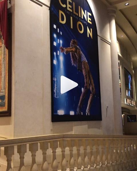 Ce soir, Céline retourne sur la scène du The Colosseum at Caesars Palace pour amorcer la dernière série de spectacles de sa résidence à Las Vegas. Cette aventure incroyable se termine le 8 juin 2019 et d'ici-là, nous profiterons de chaque instant! 🙌🏻⚡️  Pour plus d'informations 👉🏼www.celinedion.com/tour - Team Céline