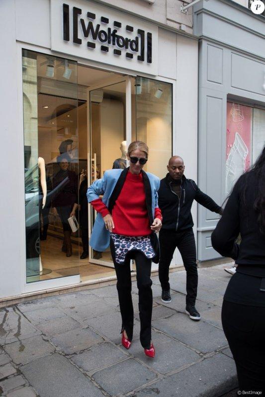 Nouveau jour et nouvelle sortie pour la chanteuse Céline Dion, visiblement peu pressée de rentrer à Las Vegas. Ce jeudi 31 janvier 2019, la star a été vue quittant son hôtel pour aller faire un peu de shopping dans les quartiers chic.