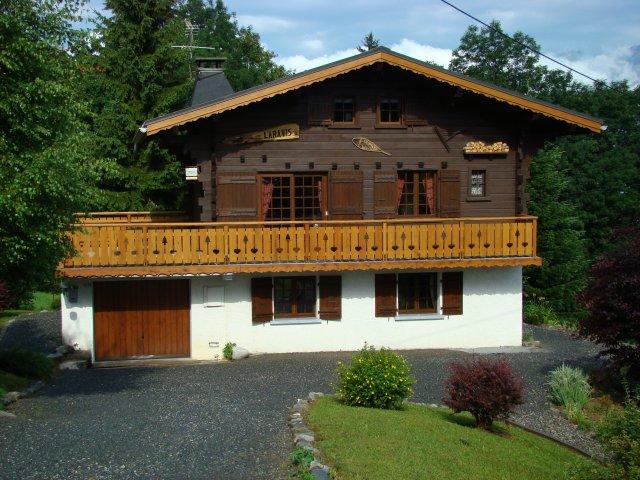 LOCATION CHALET Saint Gervais Mont Blanc 74, PETIT PRIX, Tout Confort, Convivial, Familial, Vue Mont Blanc, Aiguille du Midi, 5 mn Des Pistes, 2 logements jusqu'à 11 Personnes, Navette gratuite ....