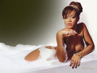 Rihanna Will Never Pose Naked for Money