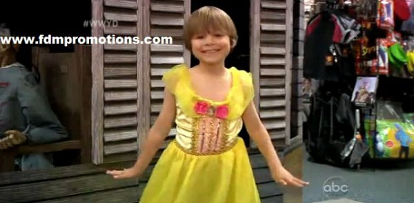 Lil Boy Wants To Dress As Princess For Halloween: What Would You Do?