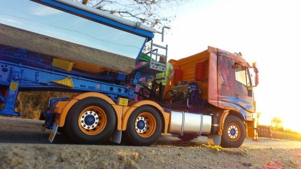 Iveco Stralis 560 6x4 Toit bas et Benne TP.