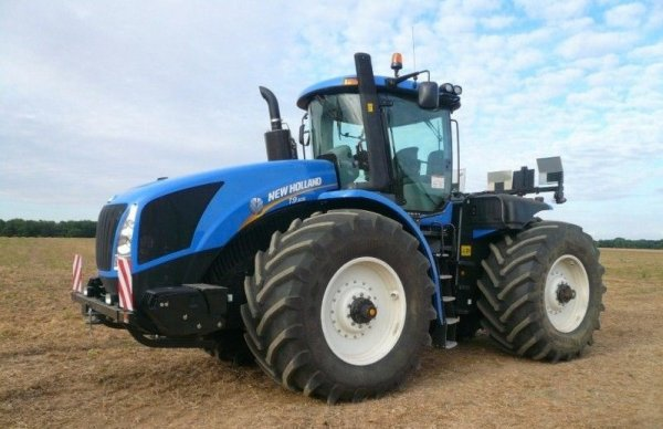 NEW - HOLLAND T9