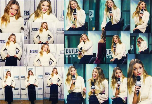 . 23:/03/17: La belle  blonde  s'est rendu au AOL Build Series Discussing 'Supergirl' And 'Patriots Day à  New York !  Même si Melissa Benoist est ravissante est toujours sublime j'aime pas trop mais j'aime bien au pull blanc ! Un beau bof et vous vous donnerais quoi ? !