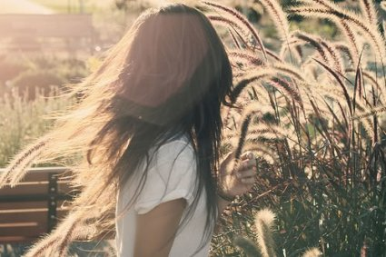 Comment dire adieu à quelqu´un sans qui on n´imagine pas vivre ? Je n'ai pas dit Adieu. Je n´ai rien dit. Je me suis juste éloignée.