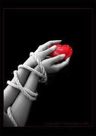 L`amour ? C`est comme une Rumeur ; J`y croit pas . Cupidon ? C`truc Bidon qui t`lance une Flèche ; Mort de Rire Perso si on me Lance une Flèche dans le Coeur ; j`tombe pas Love ; je Meurt !