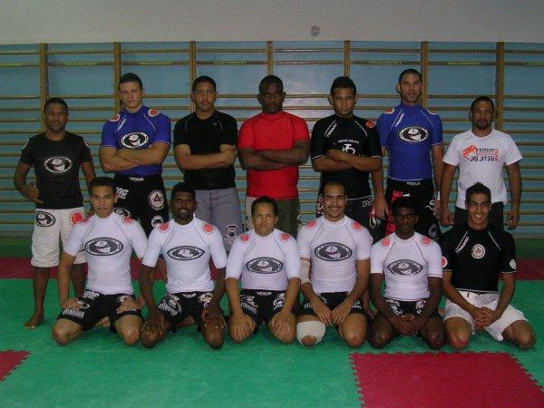 le grappling jiu-jitsu club de st denis (represtant pythagore et de la riva jiu-jitsu brazilian)