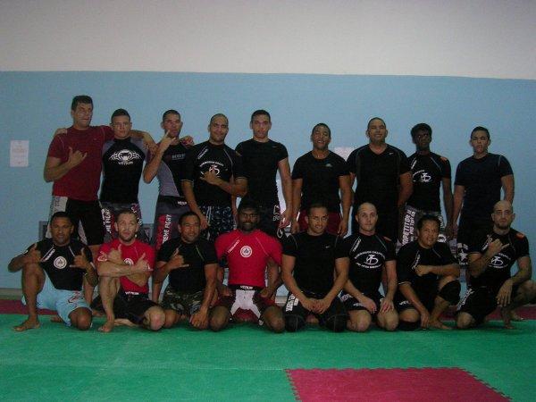 le grappling jiu-jitsu club de st denis (represantant de l academie pythagore et  ricardo de la riva jiu-jitsu brazilian)