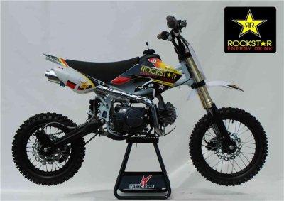 ma moto c'est une dirt bike 125cc 4t de marque  bastos