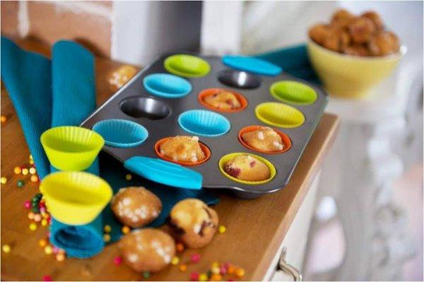 la plaques de cuisson avec 12 moules !!!!!!