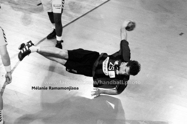 Interview numéro 1 :  Mélanie Ramamonjisoa, photographe de handball Amateur