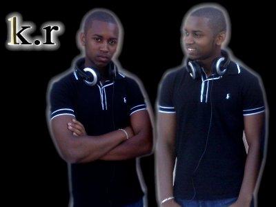 K-R LE MANAGER DES   BLACK DEZiiL