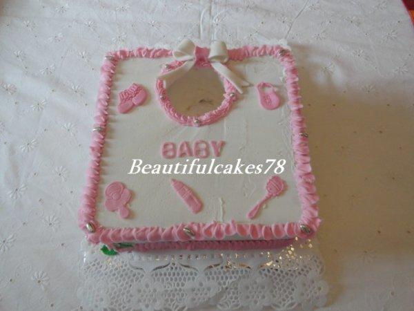 Gâteau en forme de Bavoir - Gâteau en antillais