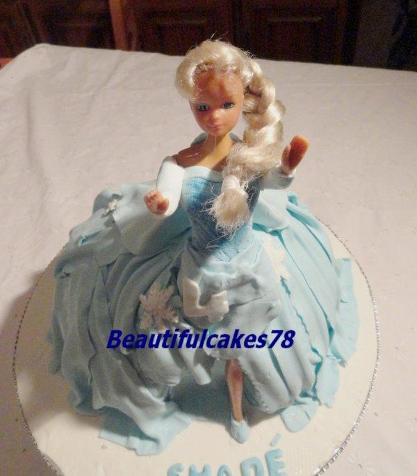 La Reine des Neiges en gâteau